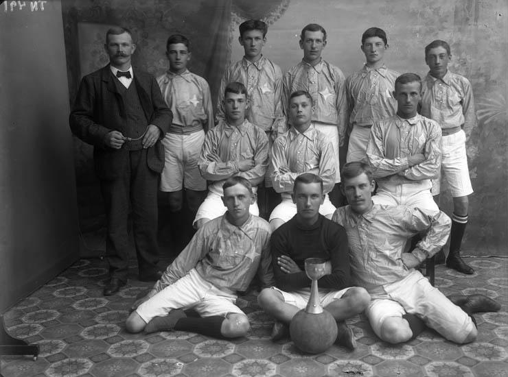 IFK fotbollslag Uddevalla omkring 1910