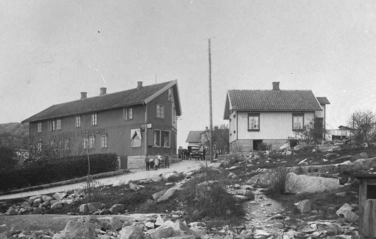 """Törnblads diversehandel Torsgatan. 104."""