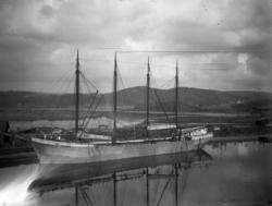 Fartyg i Uddevalla hamn