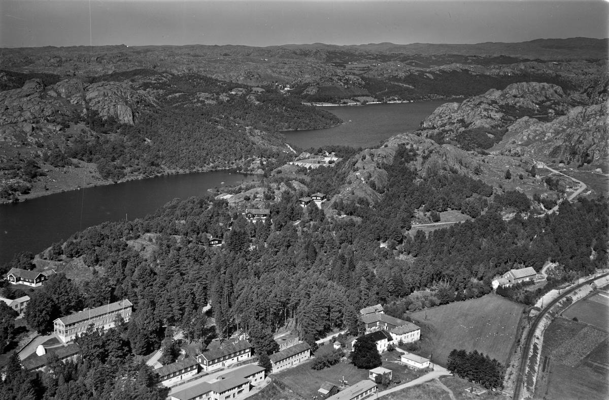 Slettebø, Langevatnet