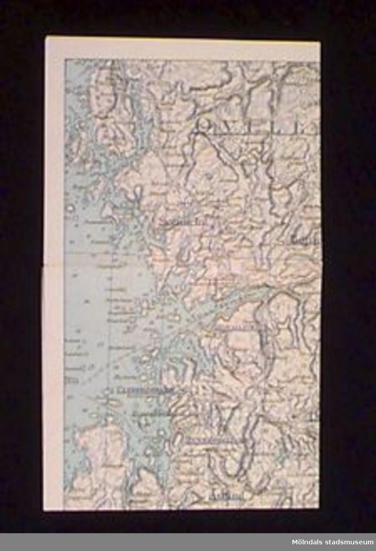 Karta över del av Bohuslän. Många av ortsnamnen understrukna med kulspetspenna. Kartan låg i atlas MM22305.