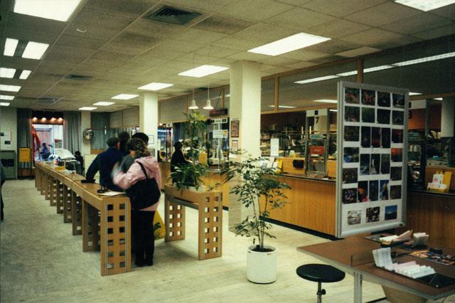 Postkontoret 292 00 Karlshamn Drottninggatan 71A