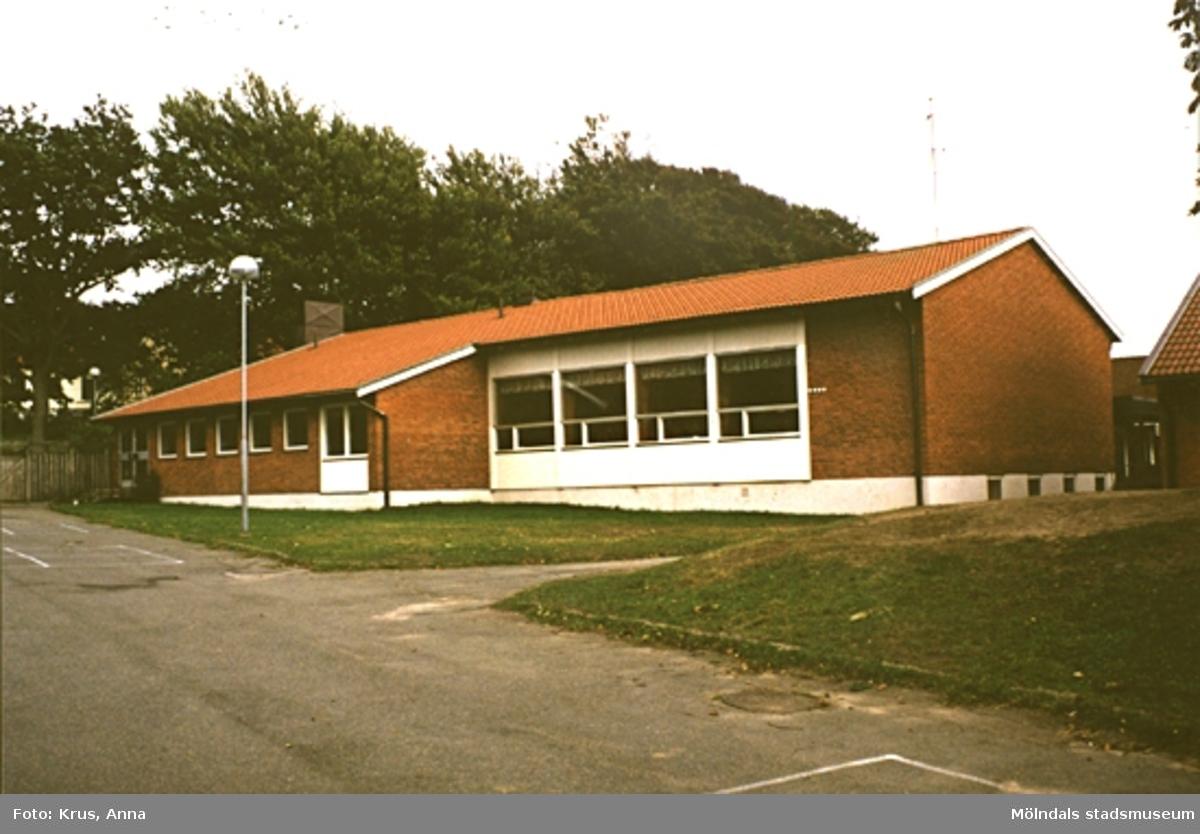 """""""Skolmåltidsal"""" från 1964 i Lindome."""