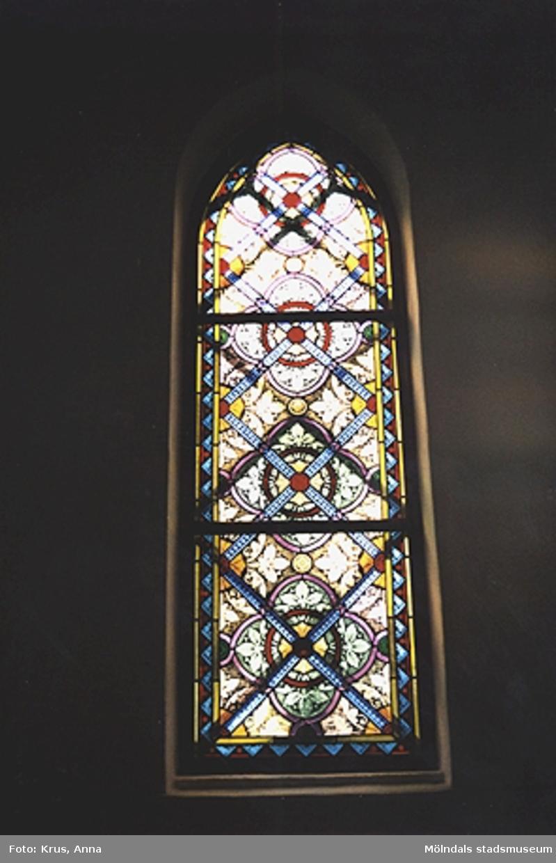 Fässbergs kyrka - fönster - interiör.