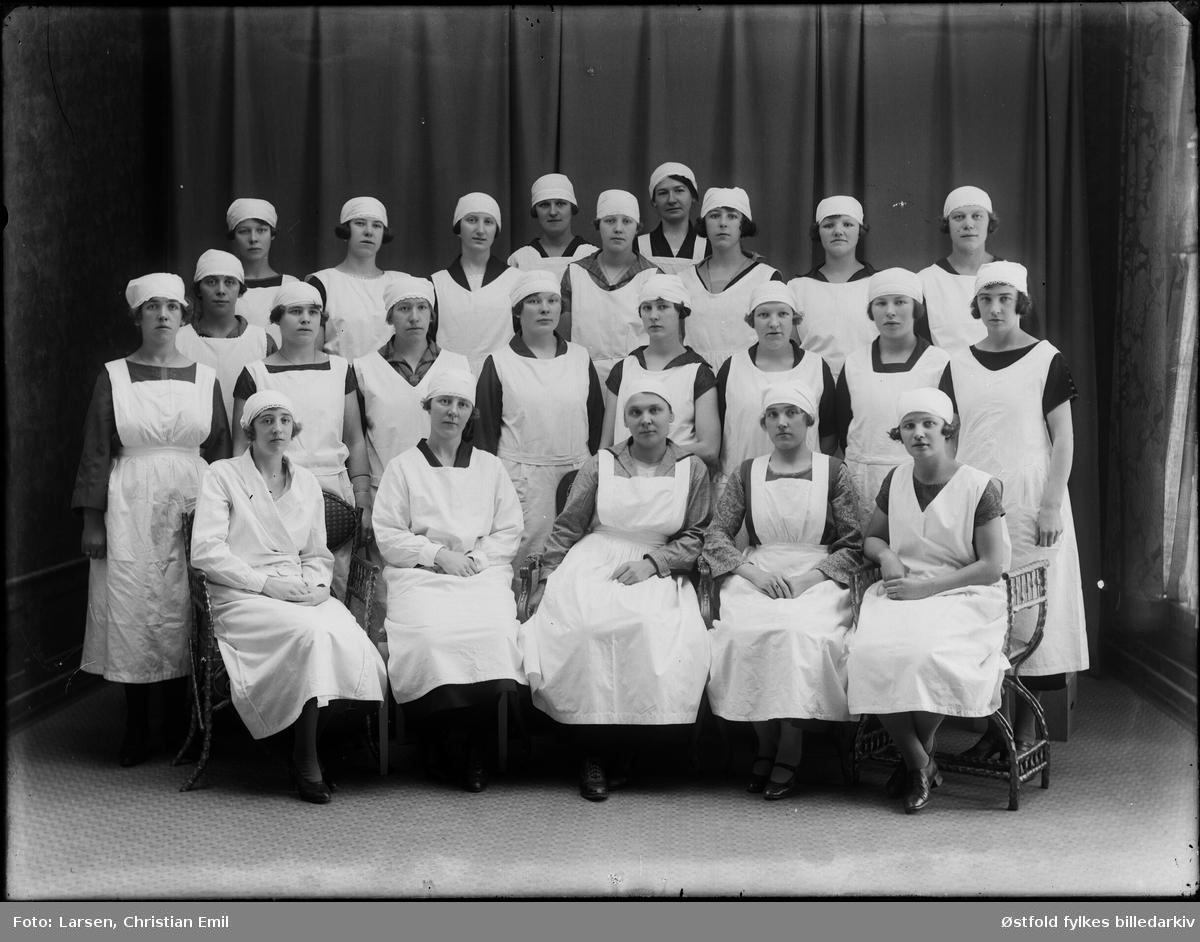 Husstellklasse - ukjent personer 1926,