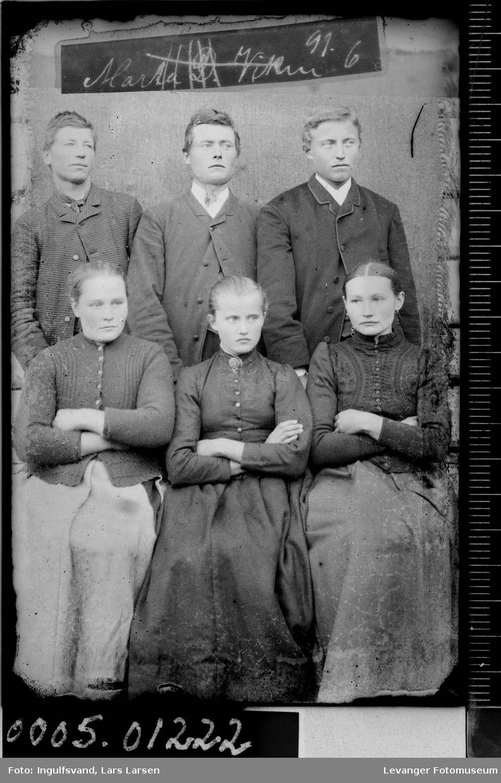 Gruppebilde av tre kvinner og tre menn.