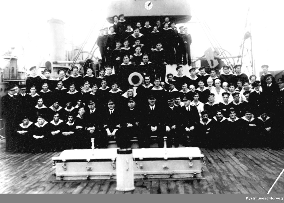 Tønsberg, ombord i panserskipet Tordenskjold under en øvelse