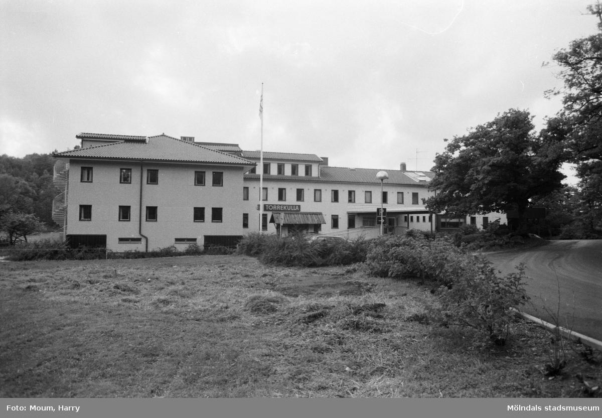 Nyinvigning av Torrekulla turiststation i Kållered, år 1984.  För mer information om bilden se under tilläggsinformation.