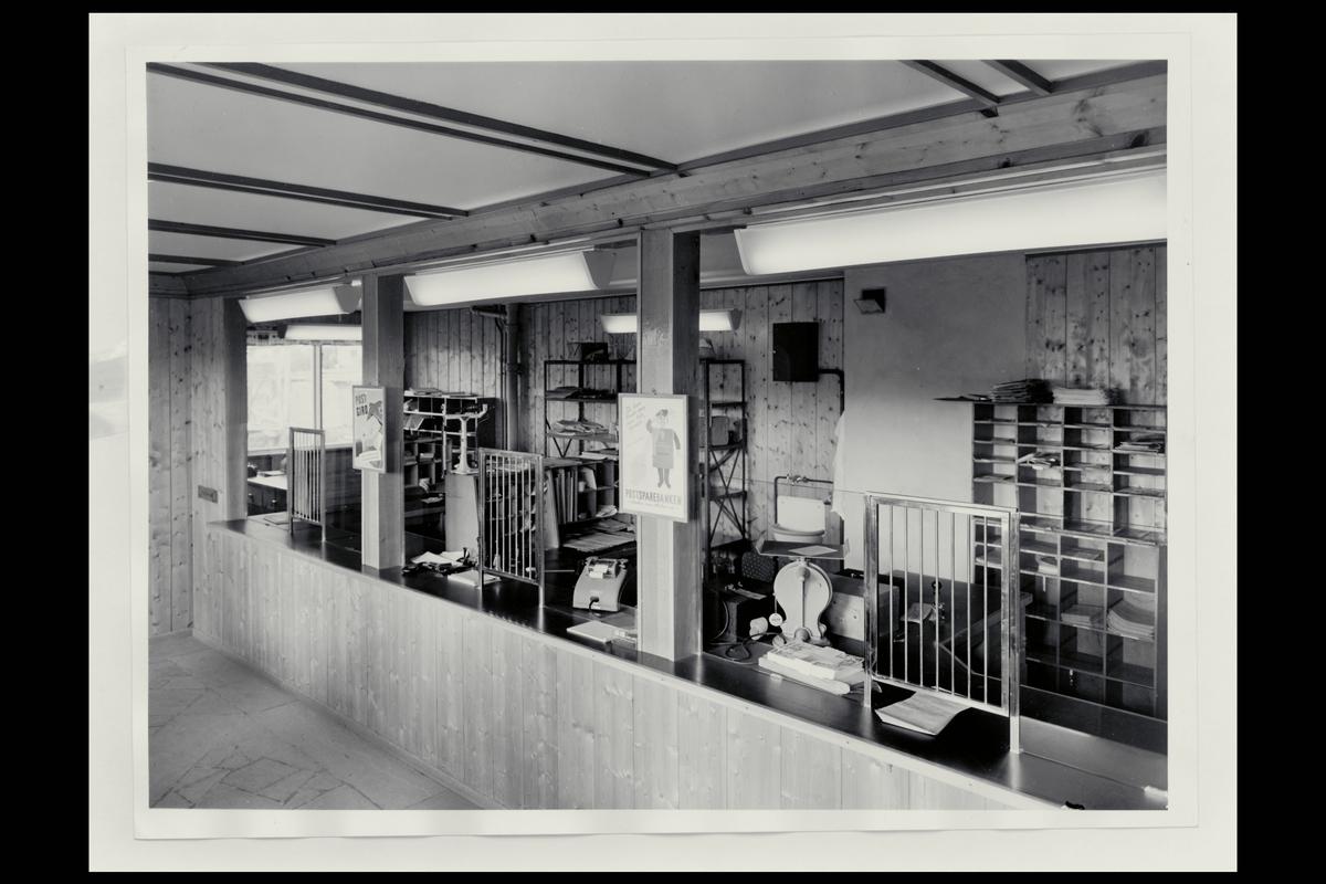 interiør, postkontor, 7340 Oppdal, publikumshall, vekt, regnemaskin
