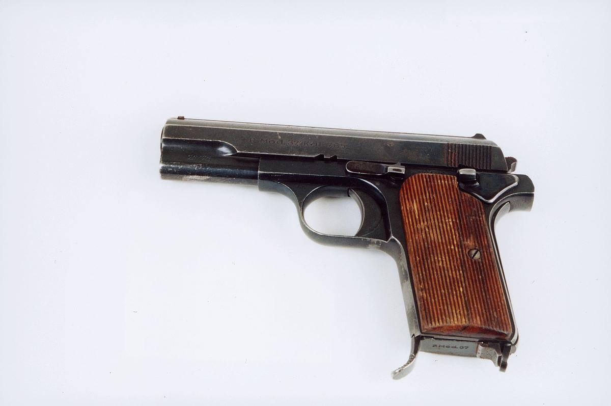 postmuseet, gjenstander, våpen, pistol, P. modell 37