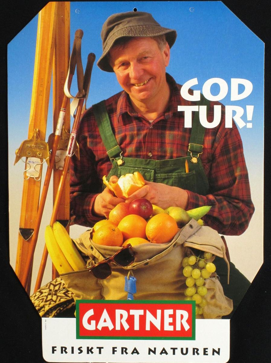 Gartneren på påsketur. Med ski og ryggsekken full av frukt.