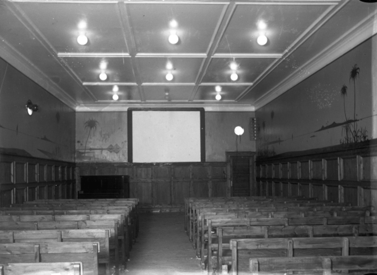 Panorama Kino på 30 - tallet. 216 sitteplasser