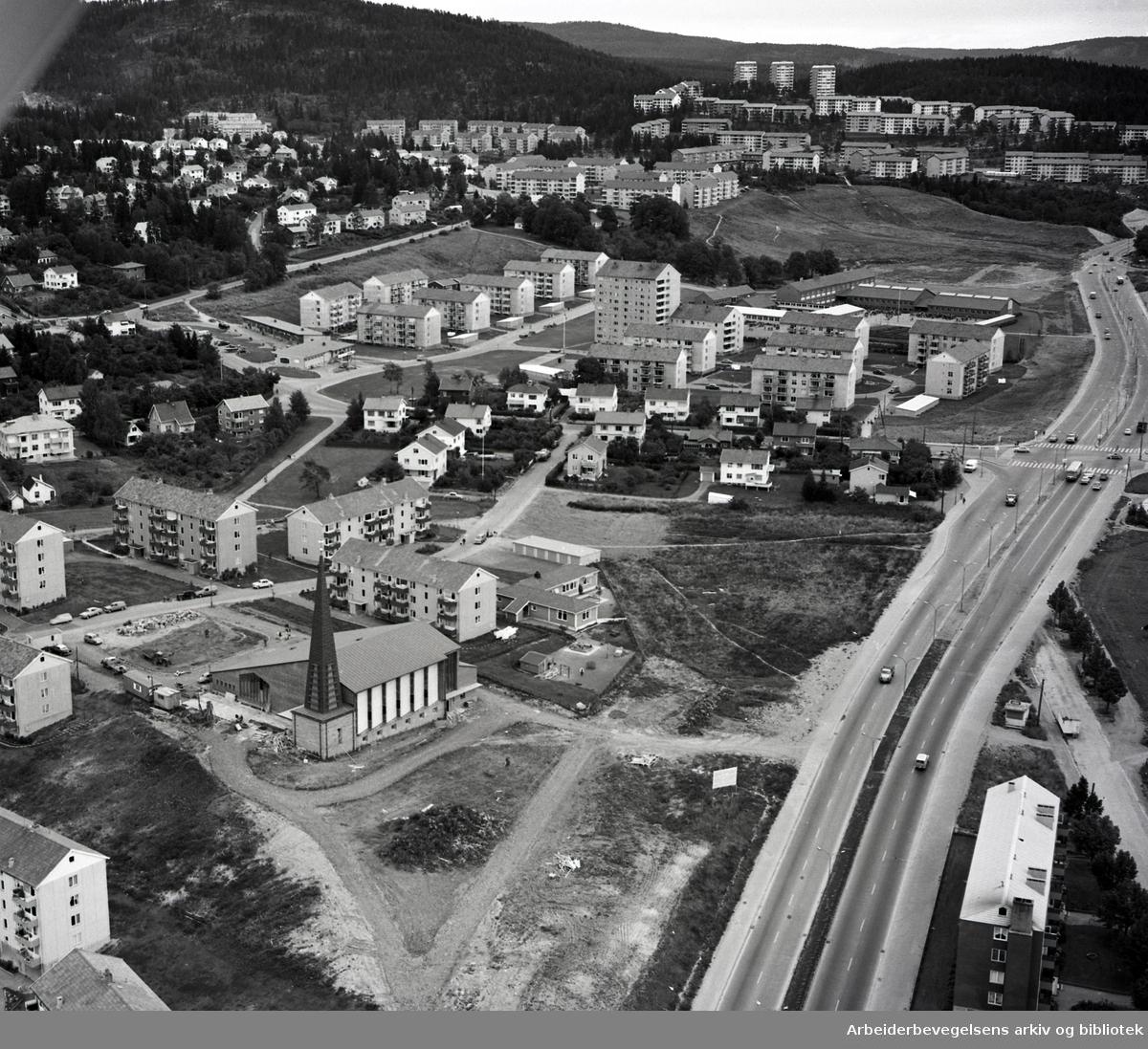 Flyfoto over Tonsenhagen og Årvoll,.september 1961