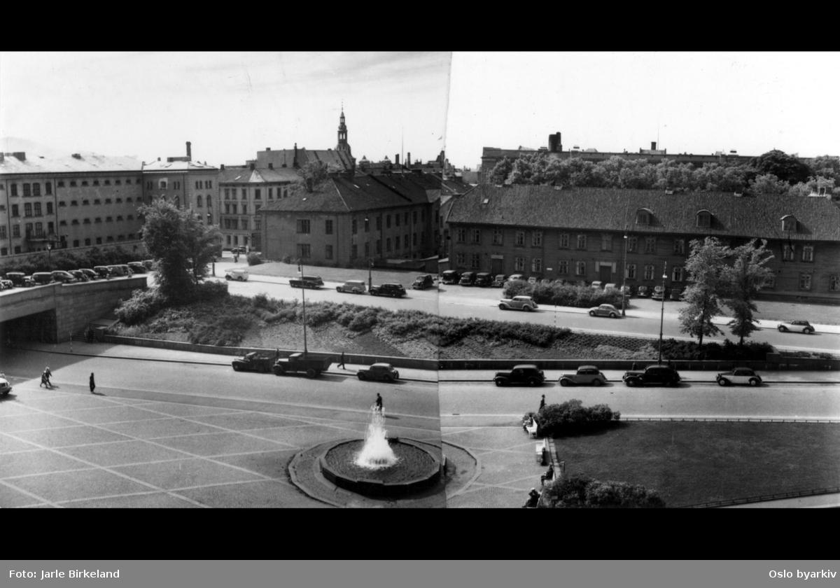 Empirekvartalet og Militærhospitalet mot Hospitalgata med Arne Garborgs plass i forgrunnen. Fengselsdelen til Møllergata 19 til venstre, mot Grubbegata.
