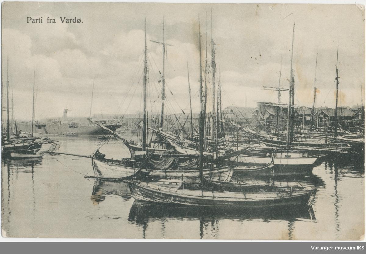 Postkort, russiske og norske båter i Nordre Våg, ca. 1900