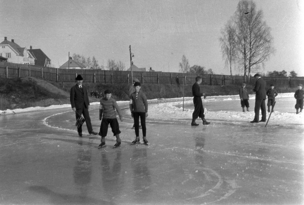 Skøyteløp på Hamar stadion.