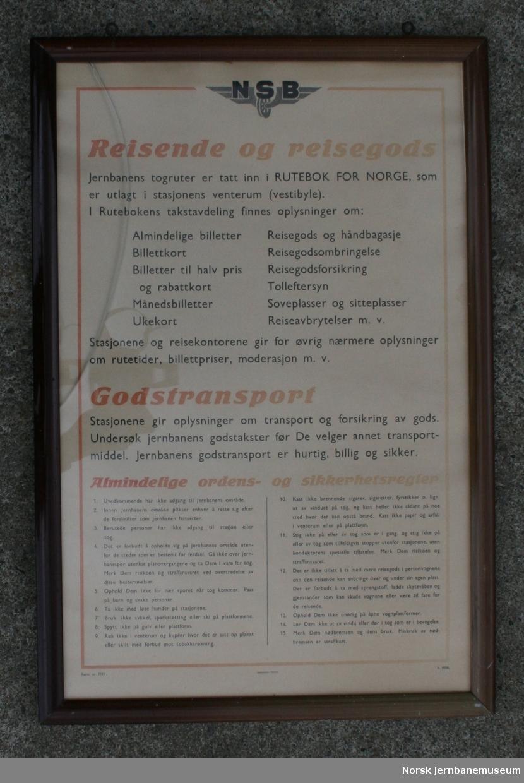 """Oppslag i glass og ramme fra NSB: """"Reisende og reisegods"""", sprukket glass"""