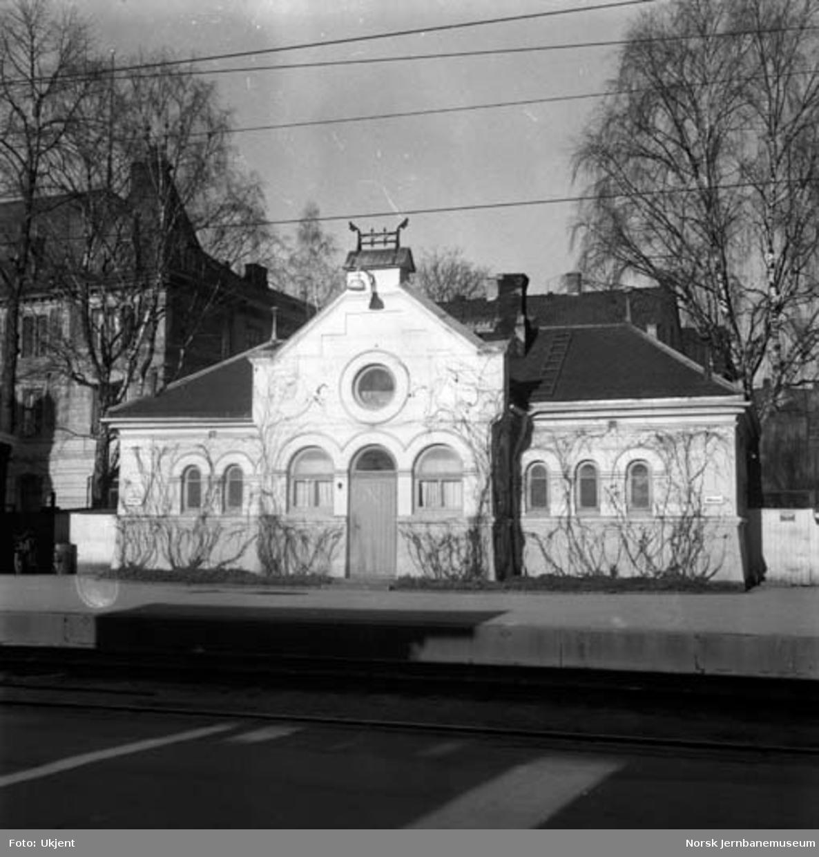 Hamar stasjon : toalettbygningen