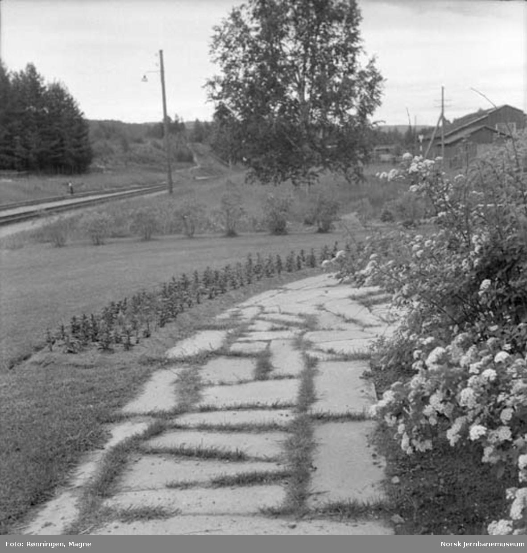 Hageanlegget på Jømna stasjon